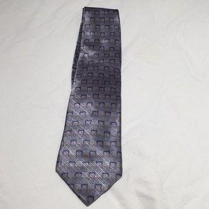 Men's patterned tie